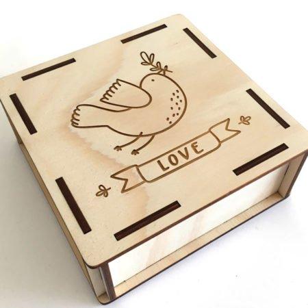scatola in legno ad incastro