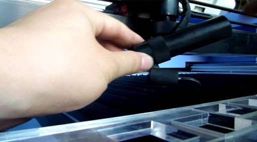 pulizia macchina taglio laser