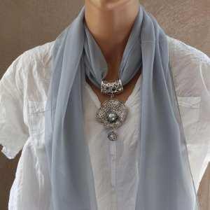 Bijou de foulard Trésor