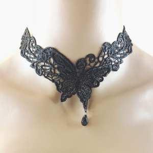 Collier ras de cou Papillon
