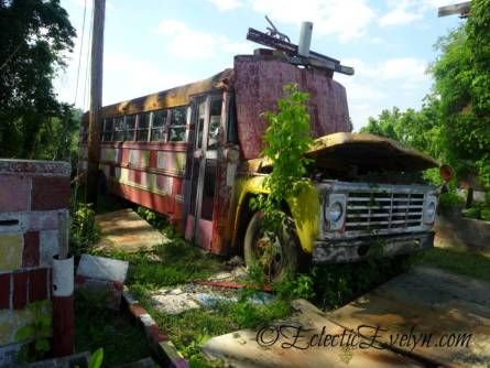 Bus Chapel at Margaret's Grocery Store - Vicksburg, MS EclecticEvelyn.com