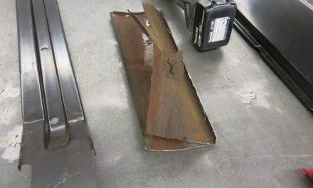 Left side rocker damage