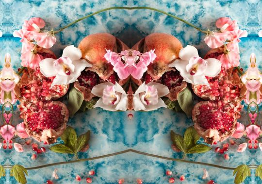 A colorful signature style with Carolina Mizrahi- Eclectic Trends