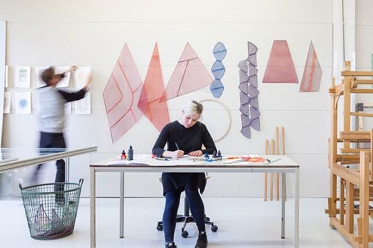 One-Yarn-Of-Plastic-by-Studio-Plott-Yellowtrace-03