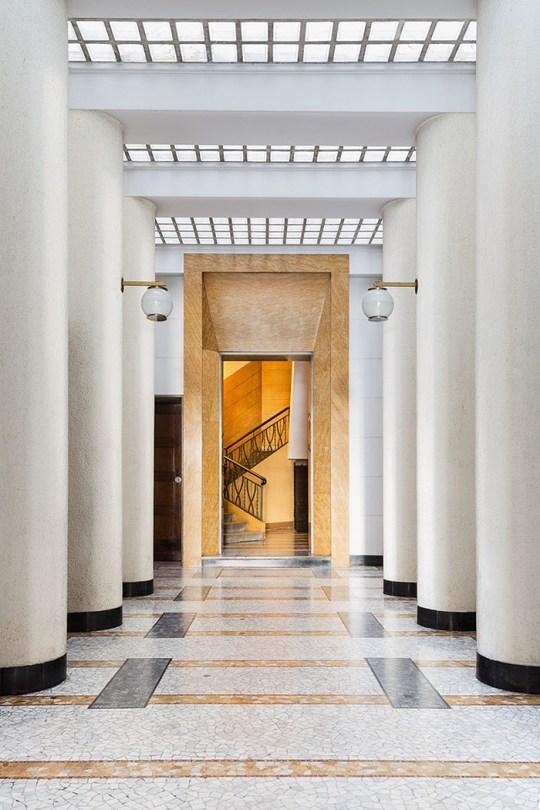 Eclectic Trends | 144 Entryways of Milan Taschen Publication_8