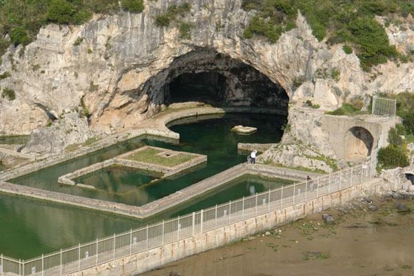 """Risultato immagini per grotta di tiberio"""""""