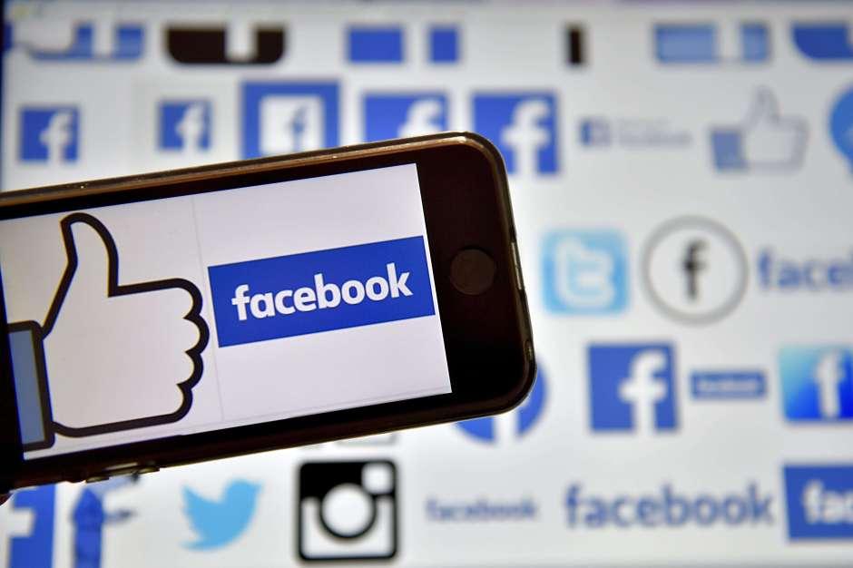 Facebook influye en la calidad democrática de forma negativa