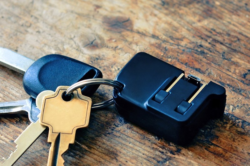 Chargerito, el cargador más pequeño del mundo | Eclixxo.com