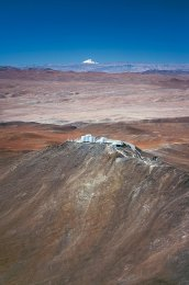 28 Paranal Observatory and the Volcano Llullaillaco (120 x 79,7 cm) €191,24