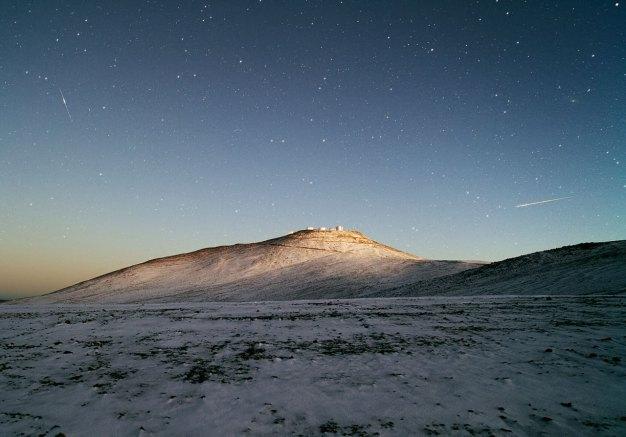 34 Dark Sky and White Desert (83,8 x 120 cm) €50