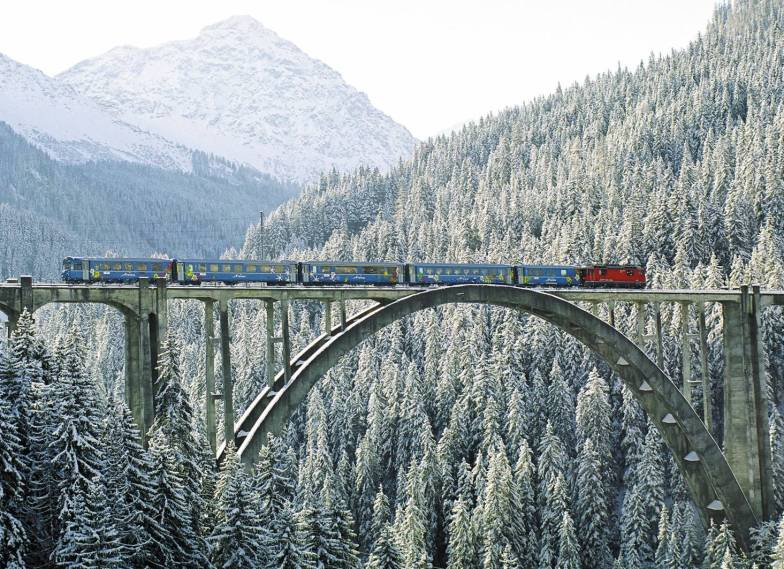 Alpine Pearls: 25 duurzame wintersport bestemmingen die je makkelijk per bus of trein bereikt