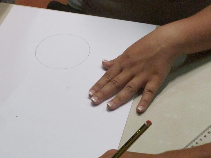 alicia-dibujando