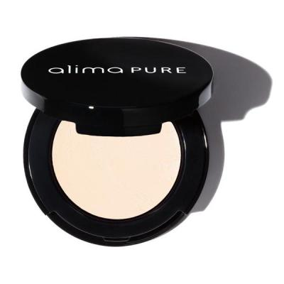 Alima Pure is one of the best natural concealers.