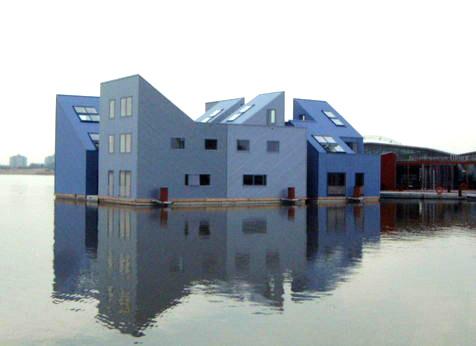 https://i0.wp.com/www.ecoboot.nl/artikelen/graphics/WaterwoningZaaijerBezoekCtr.jpg