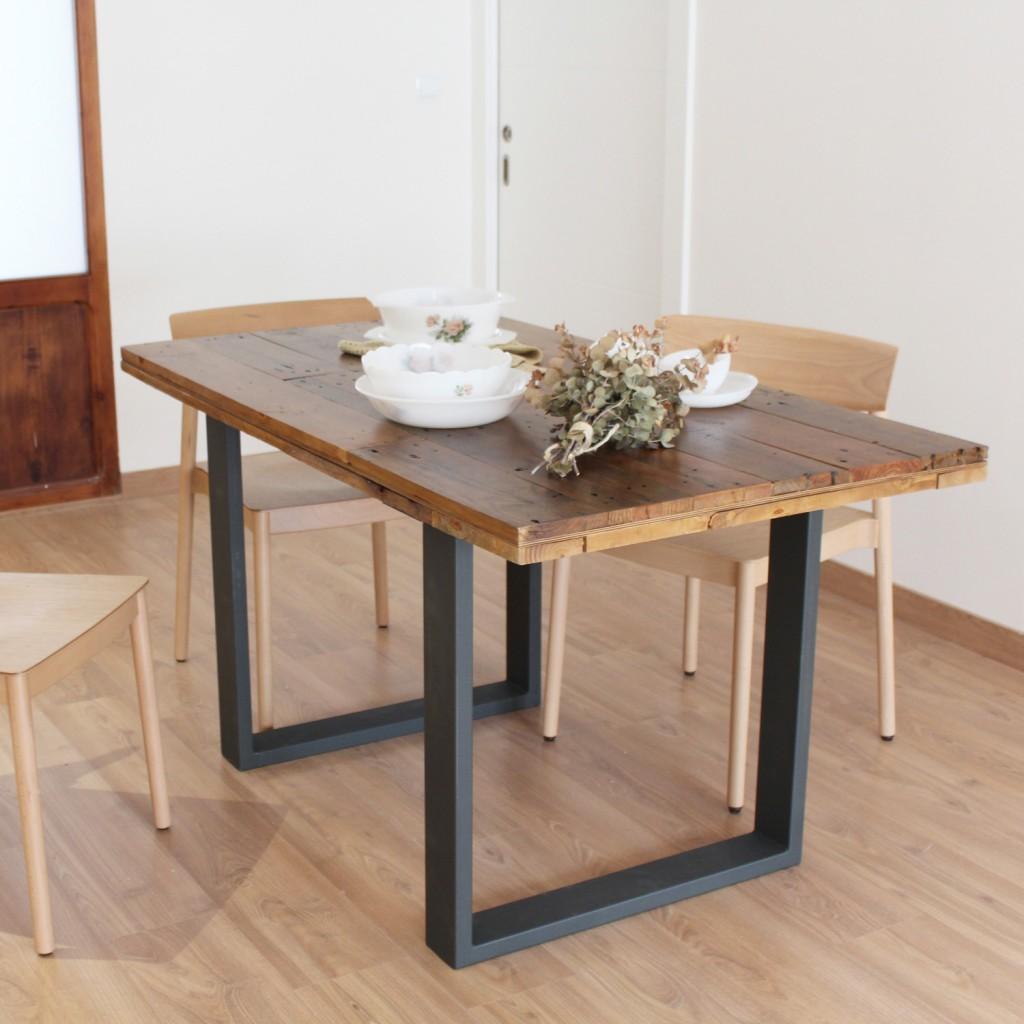 Alcazaba  mesa de comedor de tableros de madera reciclada