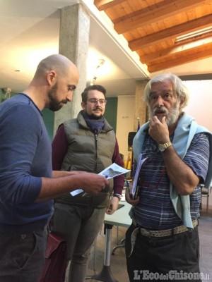 A Cavour piscina comunale con accesso al BB del sindaco  LEco del Chisone