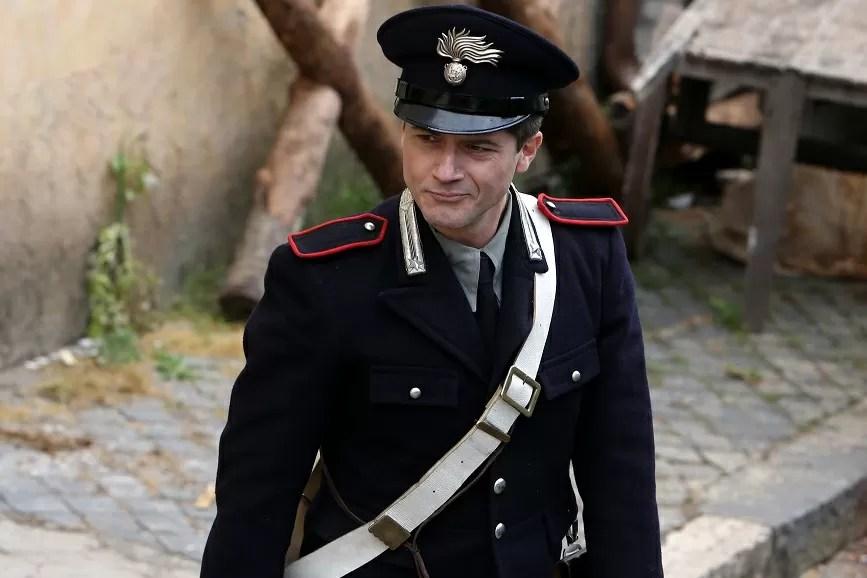 Ettore Bassi nel film A testa alta