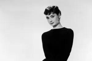 Audrey Hepburn elegante