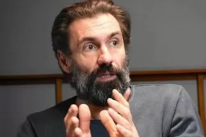 Fabrizio Gifuni attore