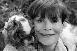 Franca Valeri con cane