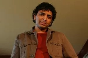 M. Night Shyamalan in uan scena di un suo film