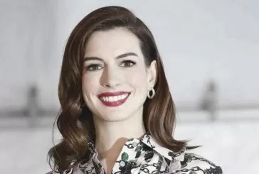 "Anne Hathaway protagonista in ""French Children Don't Throw Food"""
