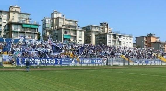 I tifosi allo Stadio Bacigalupo