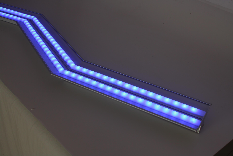 Plafoniere Rgb : Rgb cromoterapia ed effetti scenici lampade e plafoniere a led