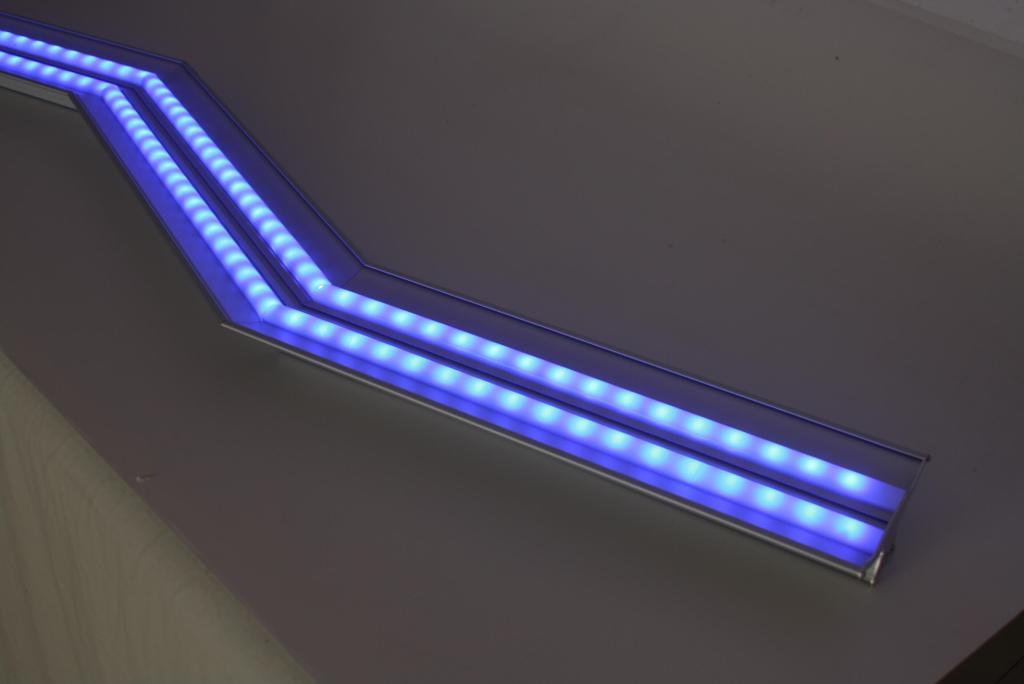 Plafoniera Led Rgb : Rgb: cromoterapia ed effetti scenici lampade e plafoniere a led ad
