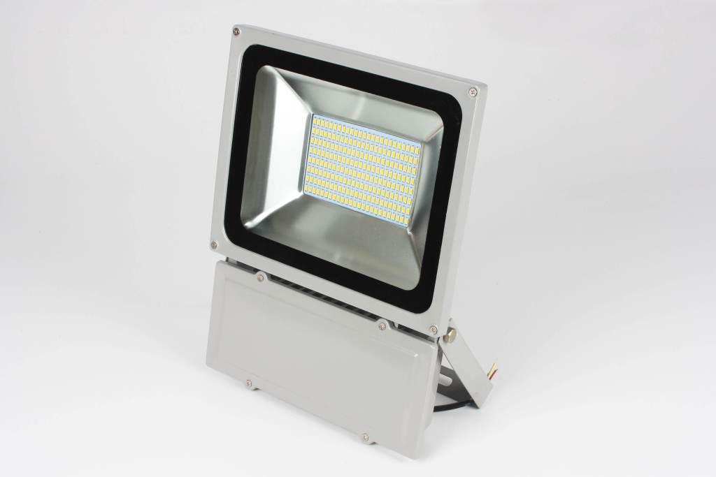 Plafoniere Per Esterno Ip65 : Flood light proiettori da esterno ip65 lampade e plafoniere a