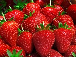 Eat fresh food to manage stress