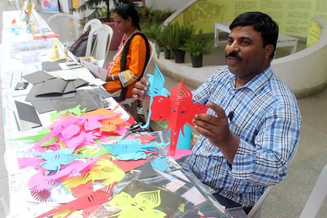 Bengaluru-mini-maker-faire-kirigami-huseni