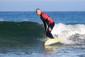 Ecole de surf et skate @Soonline Moliets plage cours et stage – location – pro shop – vélo – surf – skate – magasin de surf – cours progression