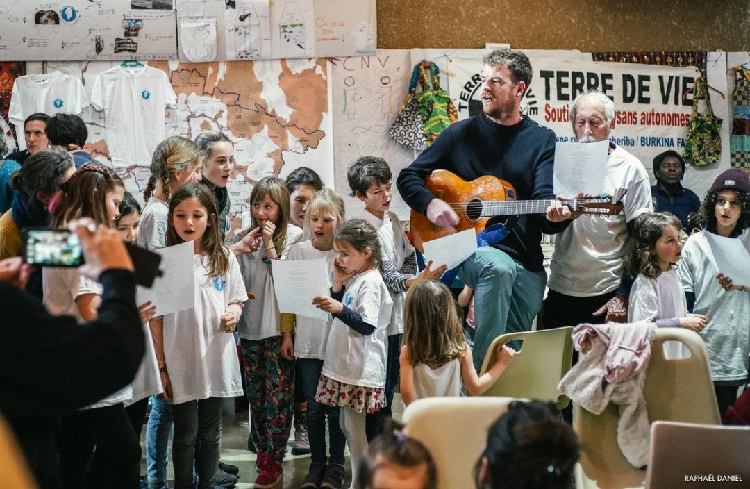 Les enfants ont même chanté leur chanson