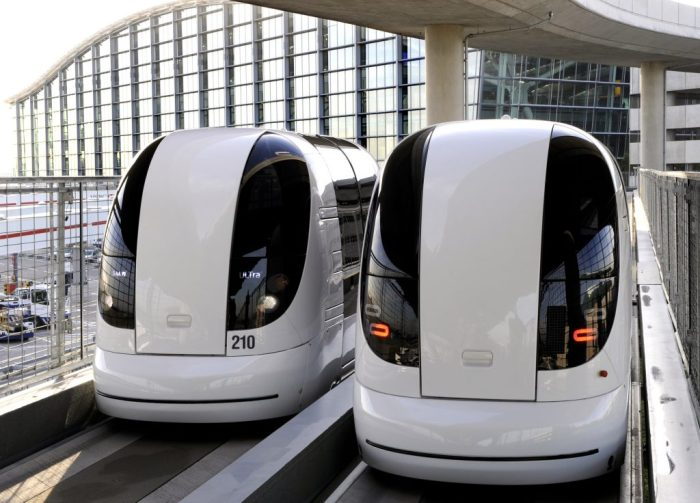 Electric vehicles at Heathrow Aiport