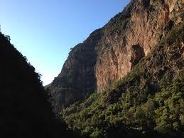 ecofriendly-hiking