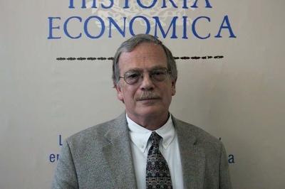 https://i0.wp.com/www.economia.unam.mx/amhe/images/socios/van_young.jpg
