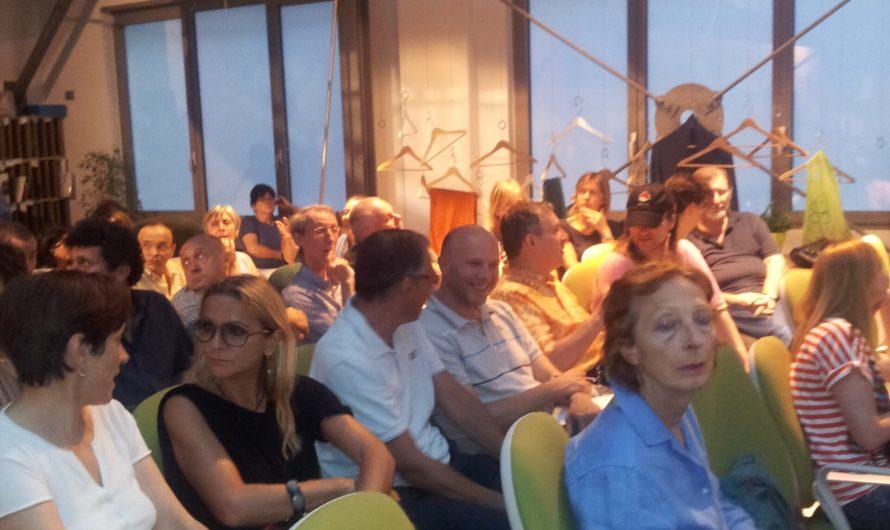 """Foto Incontro con Barnard a Milano """"un manicomio criminale a piede libero"""" del 19 luglio 2012"""