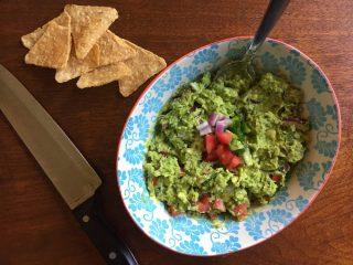 Easy Chunky Guacamole