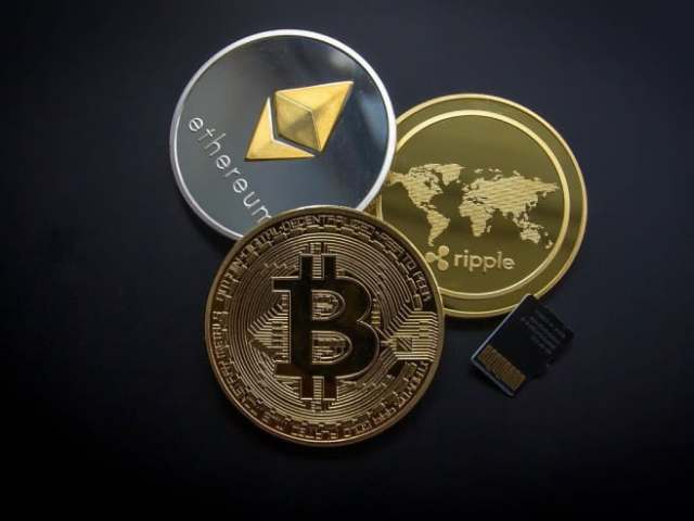 China Bans Cryptocurrency Trading, Bitcoin and Ethereum Dive
