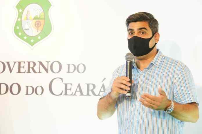 Deputado Queiroz Filho destaca a aquisição de chips de celular para estudantes da rede estadual