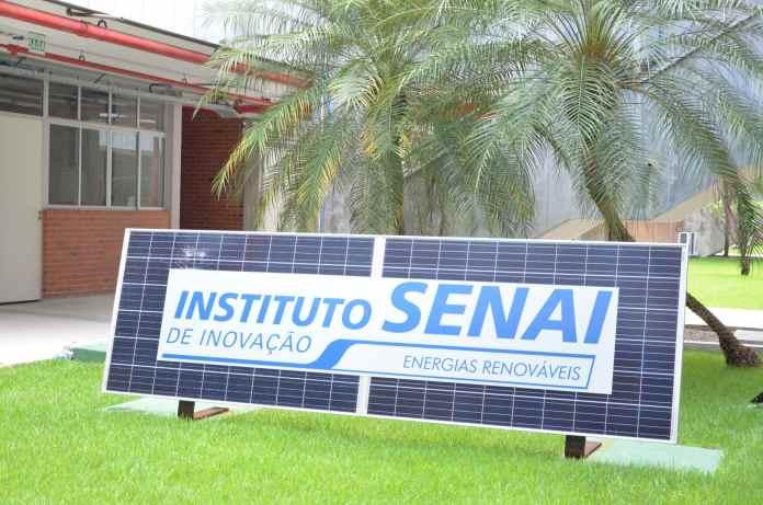 Pesquisas e tecnologias são desenvolvidas no Instituto por uma equipe multidisciplinar composta por doutores, mestres, engenheiros e técnicos em diferentes áreas.