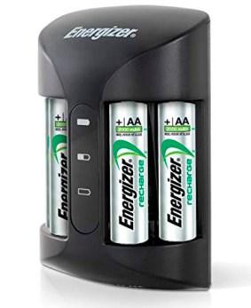 Cargador de pilas con 4 pilas AA Energizer NiMH recargables, incluidas