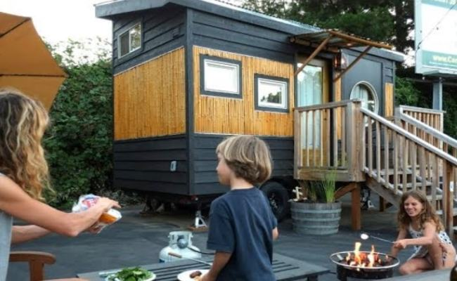 Family Builds 6 Tiny Homes For Hotel On An Old Portland