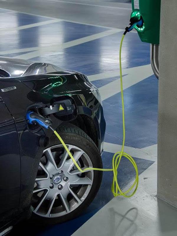 Movilidad eléctrica: lo bueno y lo malo de los coches híbridos