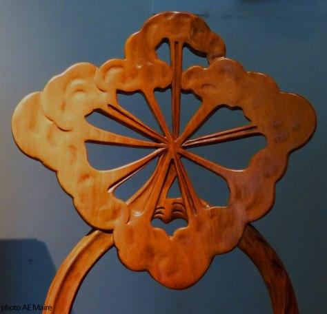chaise aux ombelles emile galle art-nouveau ecoutelebois