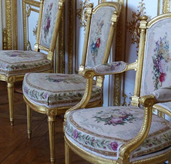 Chaises Louis XVI Château de Chantilly ecoutelebois
