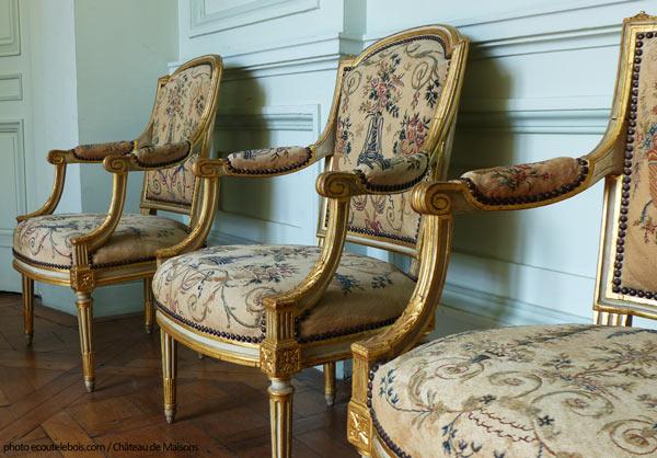 fauteuils Louis XVI château Maisons Laffitte