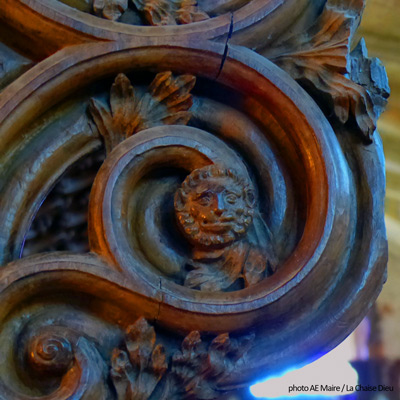 sculpture-choeur-14e-la-chaise-dieu