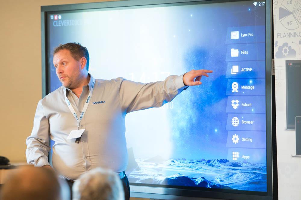 Dynamisez votre communication avec un écran interactif